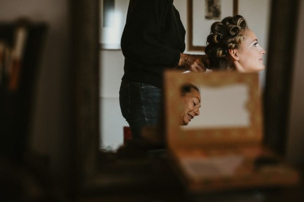 The bride´s hairdressing.