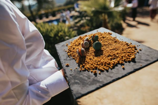 Detail photo of the appetizers served during the aperitif.